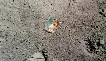 depiction of lunasat on the lunar surface